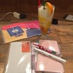 トラベラーズファクトリーと目黒川の桜