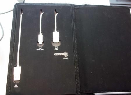 MicroUSB+USBタイプAのメスコネクター